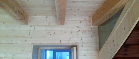 Pose de lambris bois intérieur